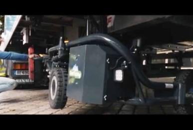 CartCity tire-palette tout terrain électrique s'installe dans l'empattement des semis et porteurs